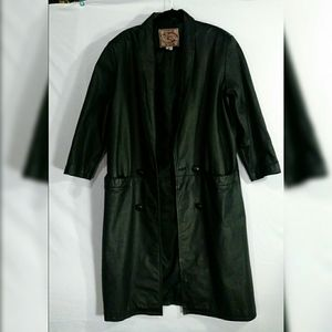 Ladies Leather Coat by International Leathers